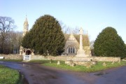 Holwell parish church and war memorial