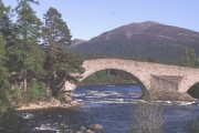 Old Brig o' Dee, Invercauld