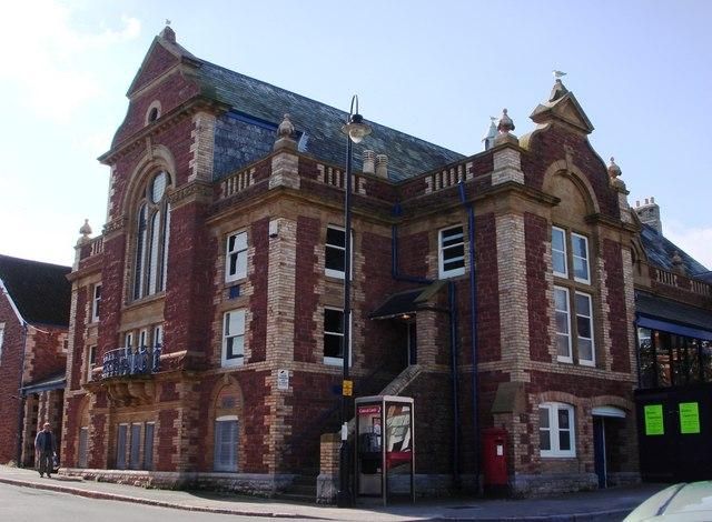 Palace Theatre, Paignton, Palace Avenue