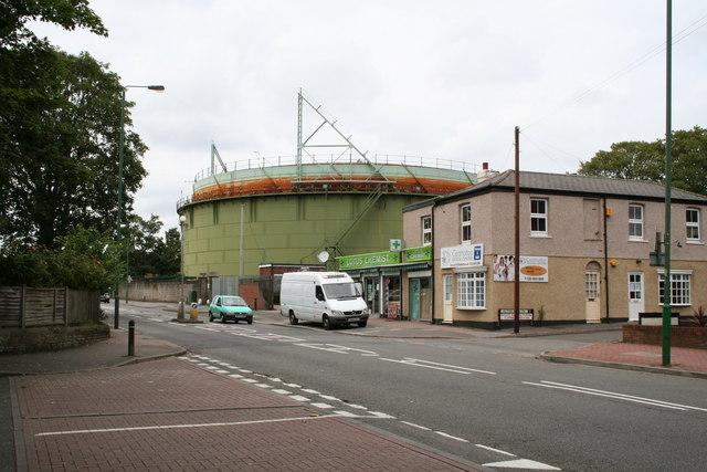 Gasholder, Wrythe Lane, Carshalton, Surrey   Pictures of