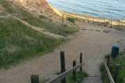 Barton on Sea: steps to the beach