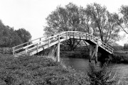Tenfoot Bridge, River Thames