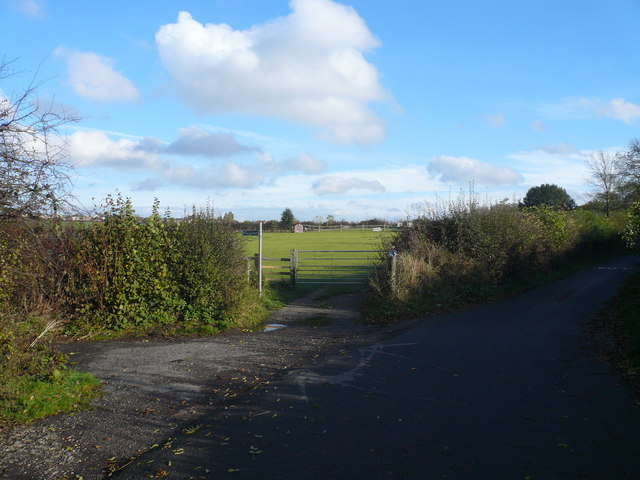 Footpath Junction with Wheathill Lane