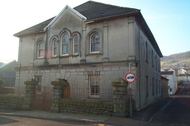 Saron Chapel, Davis Street, Aberaman