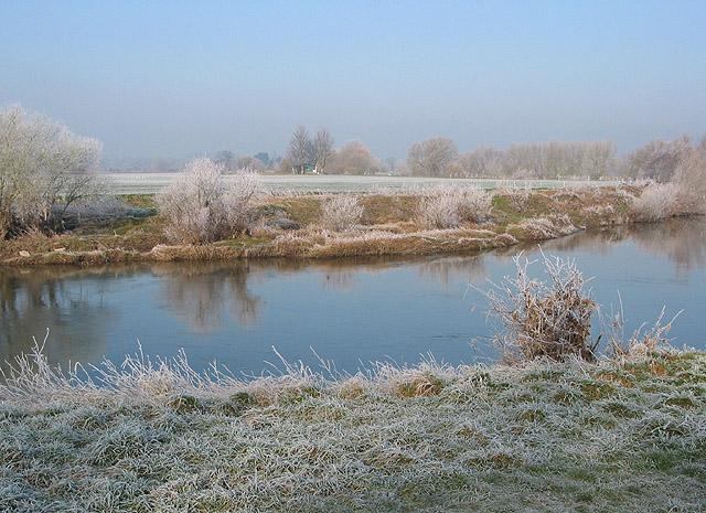 River Wye on a frosty morning