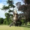 Melville House, tree house