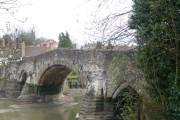 The old bridge, Aylesford, viewed from the footpath