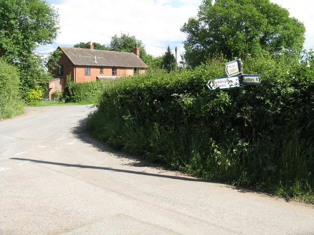 Houses south of Moorend Cross junction