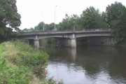 Western Avenue bridge over the Taff, looking downstream
