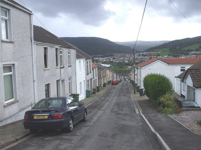 Ynyscynon St, Cwmbach