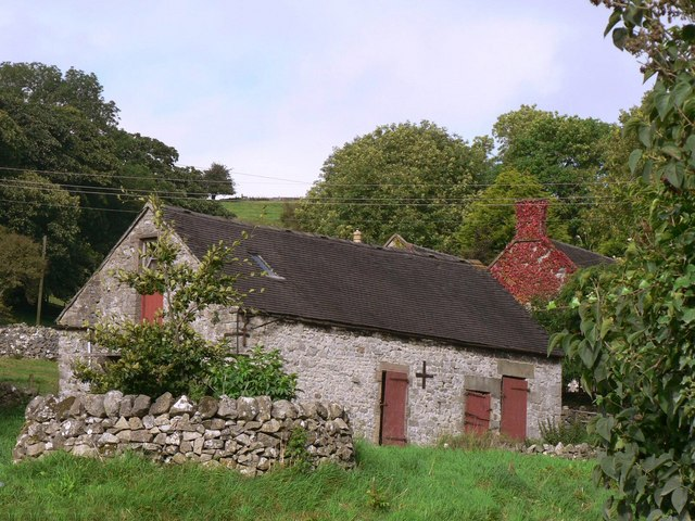 Barn at Ballidon with house attached