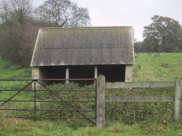 Field Shelter near Ramsden
