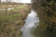 Worksop - River Ryton passing under the Chesterfield Canal