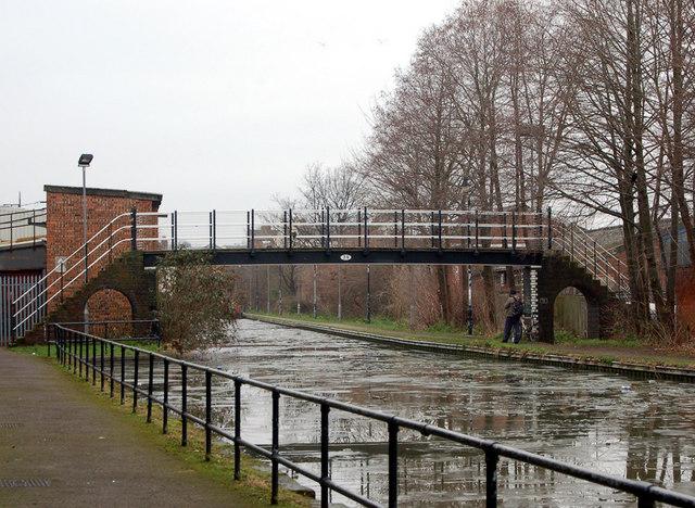 Canal footbridge in Leamington Spa