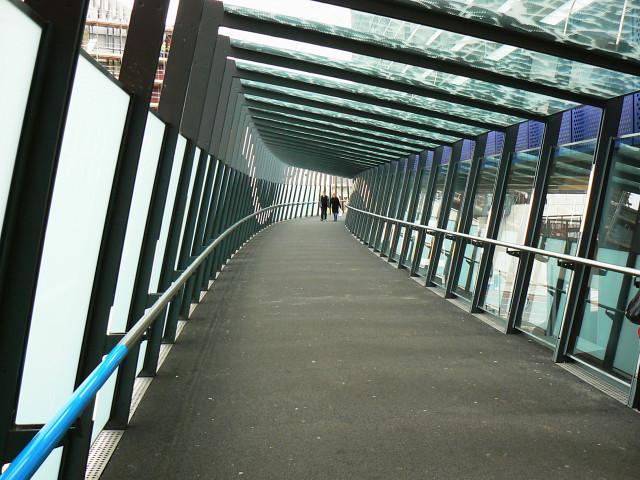 Link bridge, Cabot Circus (2) Bristol