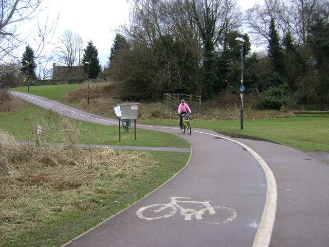 Cycleway, Myton Fields