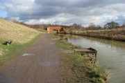 Chesterfield Canal - Approaching Bilby Lane