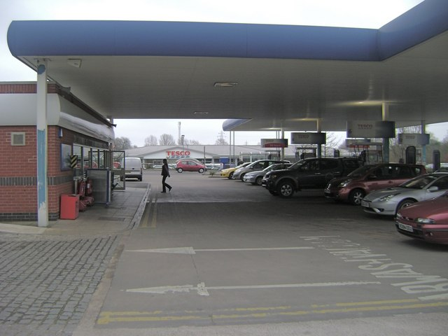 Filling station, Emscote Road