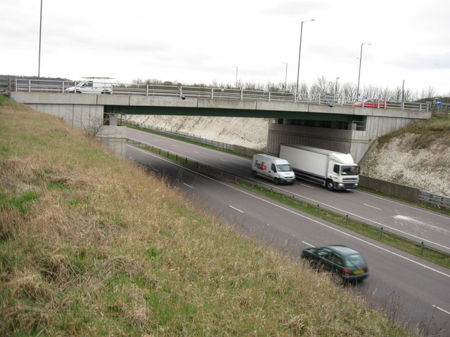 Bridge over the A41 – North End of Tring Bypass