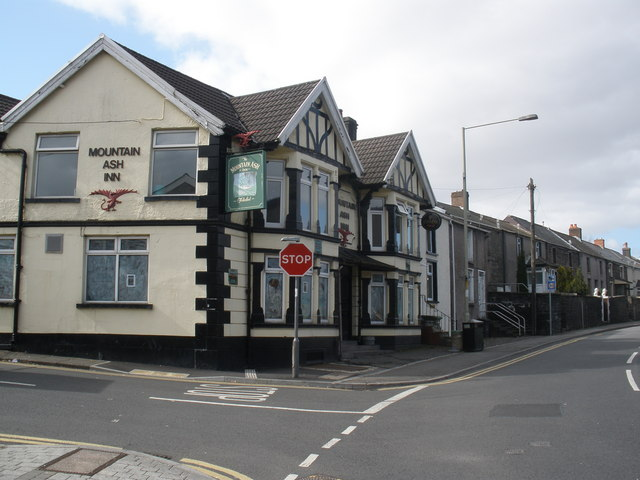 Mountain Ash Inn, Commercial Street