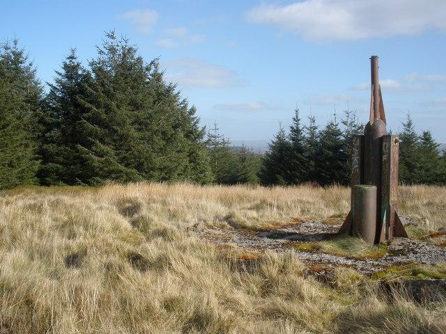 Metal structure , above Craig Abercwmboi