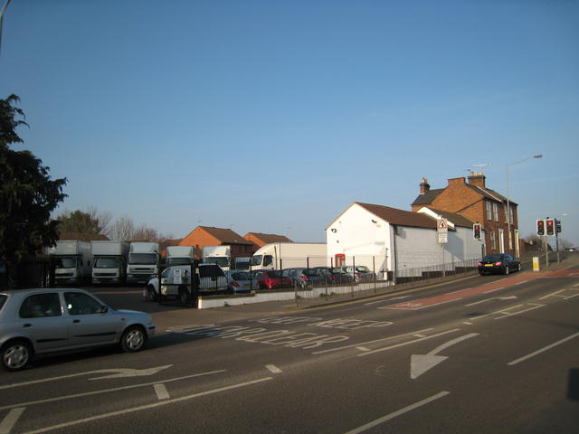 Emscote Wharf -road side