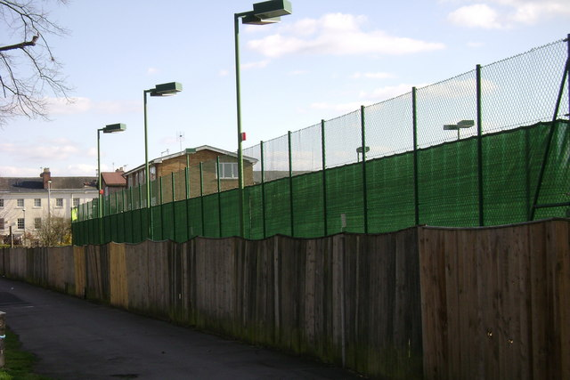 Leamington Tennis and Squash Club, Guy's Cliffe Avenue