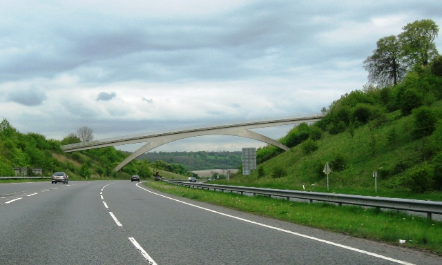 The Ridgeway Footbridge over the A41