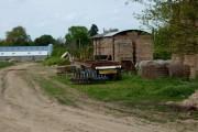 Farm track and buildings near Thrandeston
