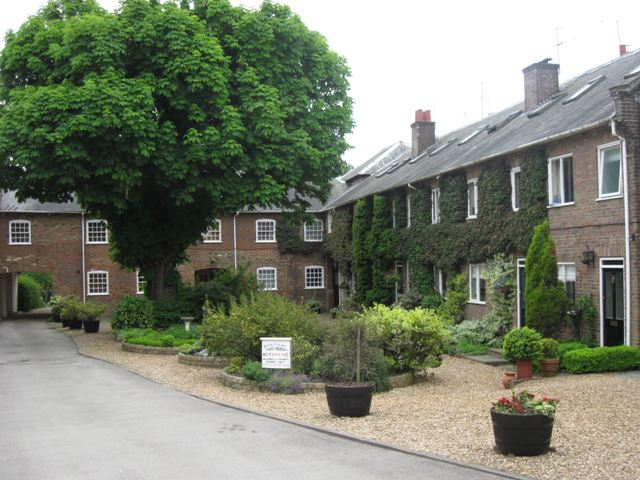 Royal Court – Former Staff and Stable Block of the Royal Hotel