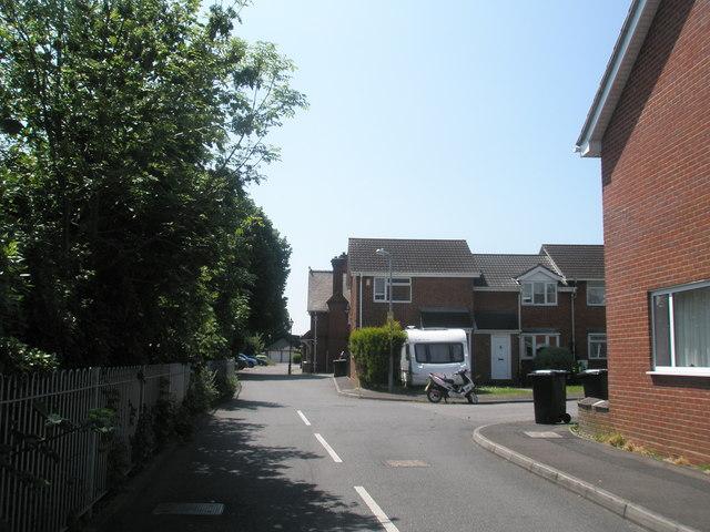 Halliday Close