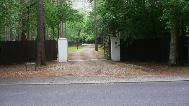 Entrance to Moor House on Tilford Road in Rushmoor