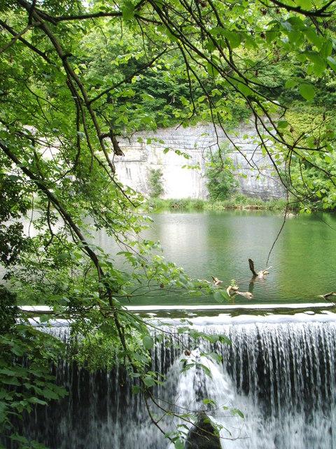 Weir at Water cum Jolly Dale, River Wye
