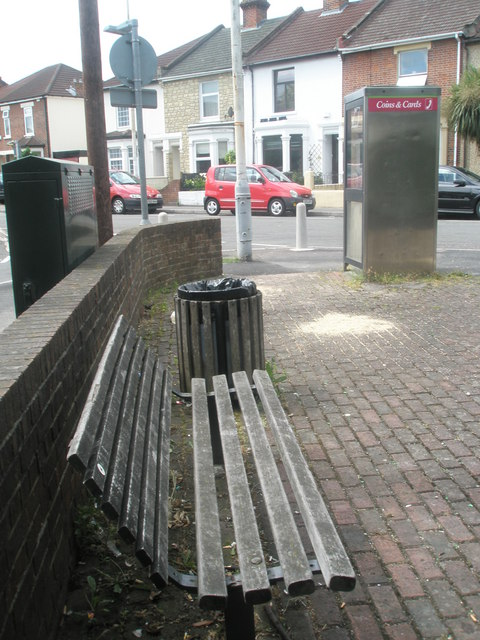 Seat in Anns Hill Road