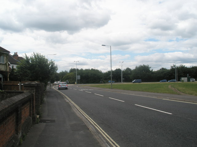 Looking along Elson Road towards the roundabout by Fort Brockhurst