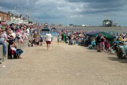 Lowestoft beach crowd