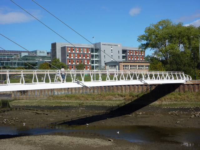 New footbridge over the River Gipping
