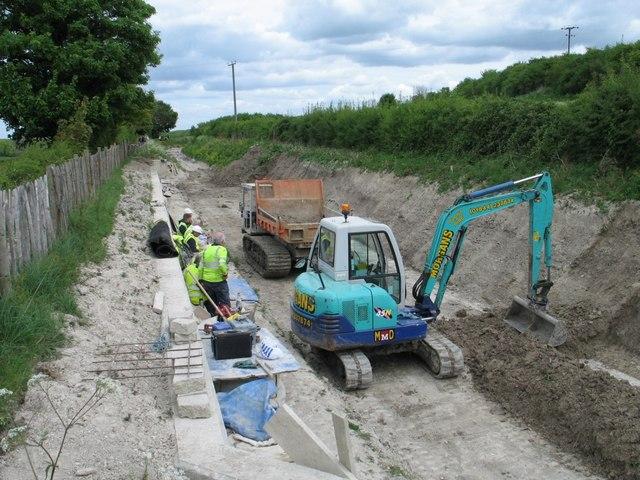 Rebuilding the Wendover Arm at Drayton Beauchamp