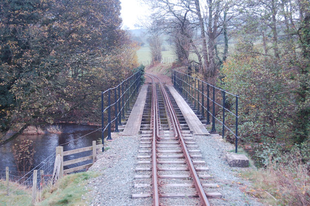 Banwy bridge looking east