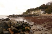 Bonchurch: beachfront buildings