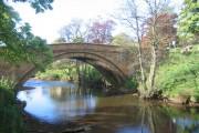 Lealholm Bridge and River Esk (east side)