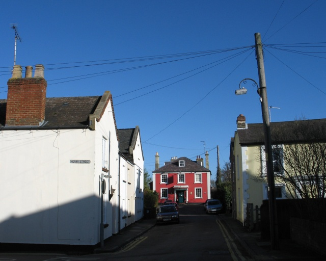 Junction of King Street and Henry Street, Tring
