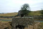 Slapestone Bridge and limekiln