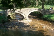 The packhorse bridge over Wycoller Beck