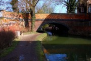 Bridge 242 over the Oxford Canal at Walton Well Road