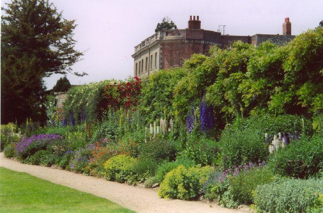 Waterperry House, Gardens and Garden Centre
