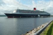 Queen Mary 2 visits Invergordon