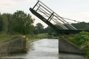 Lift Bridge 170 over the Oxford Canal