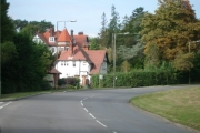 The approach to Oxshott along Leatherhead Road