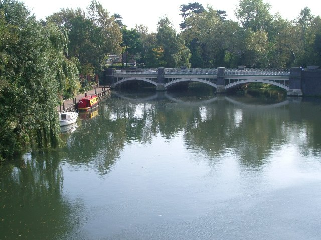 The old bridge over the River Wey at Weybridge